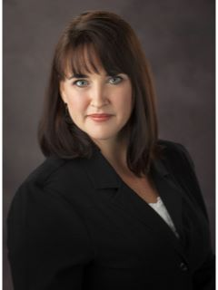 Lisa McClinton - Real Estate Agent