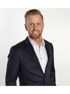 Dereck Dykes - Real Estate Agent