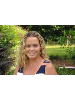 Kerri McKenzie - Real Estate Agent