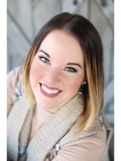Alexandra Knight - Real Estate Agent