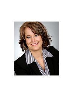 Tracy Ventura - Real Estate Agent