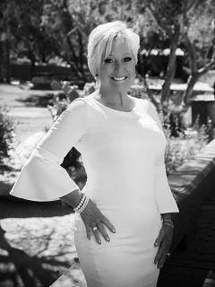 Donna Hunter - Real Estate Agent