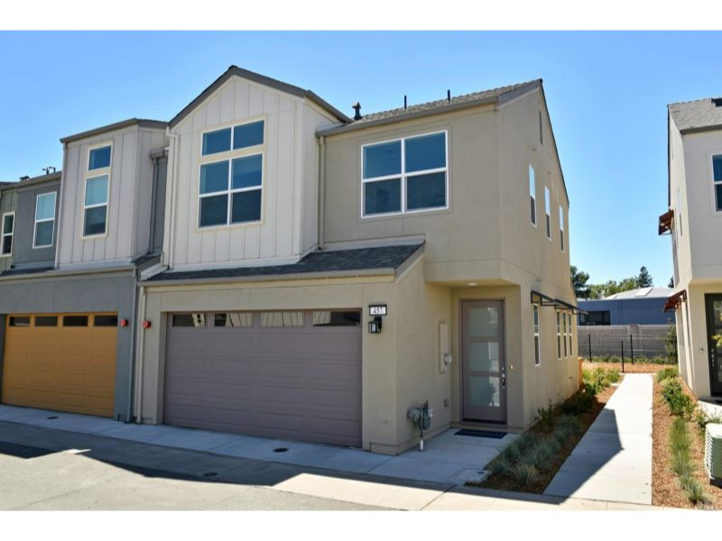 457 Blythewood Place,  Santa Rosa, CA 95407