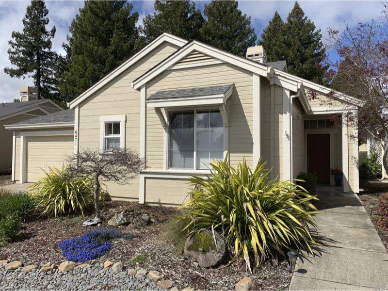 6471 Pine Valley Drive,  Santa Rosa, CA 954…