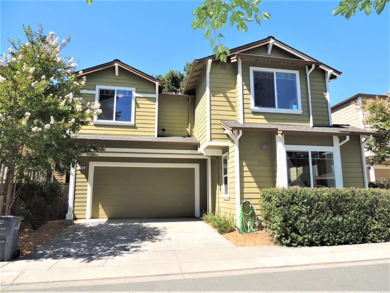 145 Lasso Lane,  Santa Rosa, CA 95403