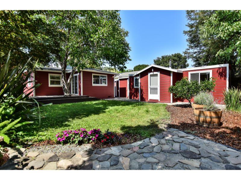 18055 Mulberry Ave,  Sonoma, CA 95476