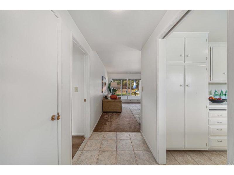 6956 Oakmont Drive,  Santa Rosa, CA 95409