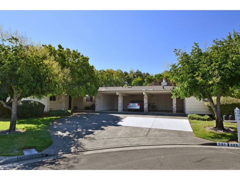 497 Oak Vista Place,  Santa Rosa, CA 95409