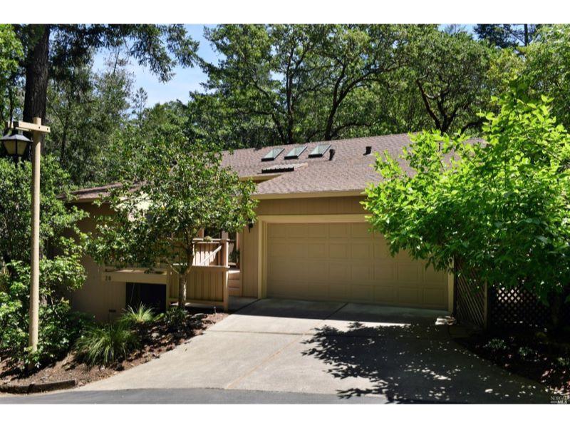 28 Cliffwood Court,  Santa Rosa, CA 95409