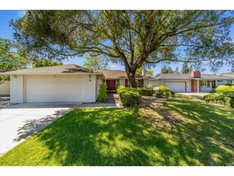 86 Oak Island Place,  Santa Rosa, CA 95409