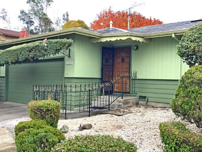 17075 Cedar Ave,  Sonoma, CA 95476