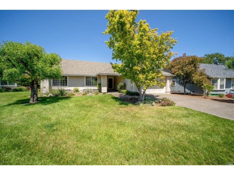 374 Riven Rock Court,  Santa Rosa, CA 95409
