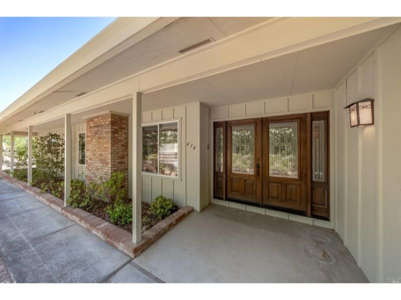 416 Oak Vista Drive,  Santa Rosa, CA 95409