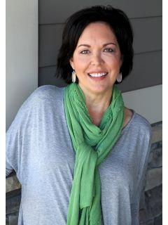 Wanda Greif - Real Estate Agent