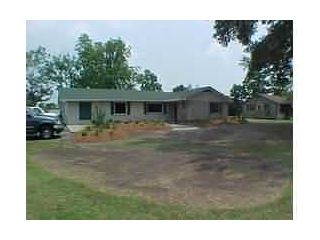 CENTURY 21 Steve Delia & Associates, Ltd. - 1720 North Pine  - DeRidder, LA 70634