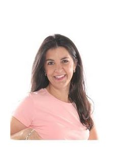 Rebecca Herrera of CENTURY 21 Judge Fite Company