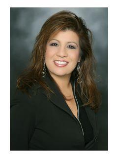 Renee Billszar - Real Estate Agent