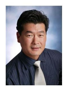 Thomas Kang of CENTURY 21 Beachside, Realtors