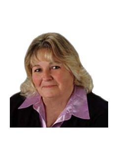 Janie Johnson of CENTURY 21 Advantage Realty, A Robinson Company