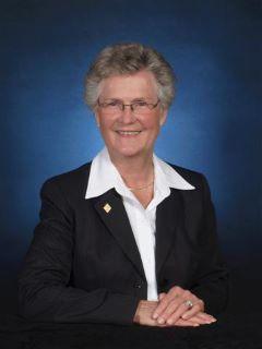 Linda Schroering of CENTURY 21 Schroering Realty