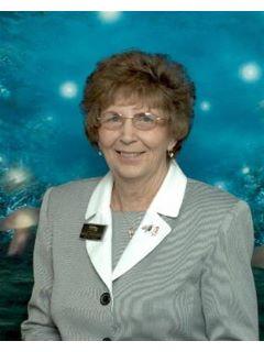 Margaret Hernandez - Real Estate Agent