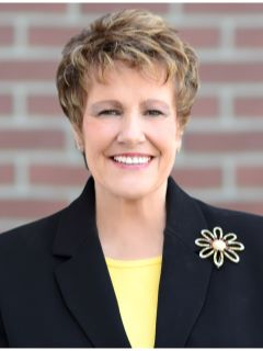 Nancy Walsh of CENTURY 21 Tri-Cities