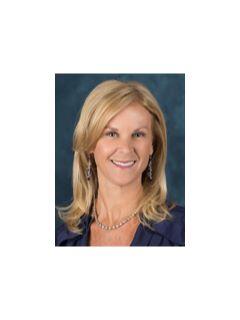 Kimberly McAlister of CENTURY 21 M&M and Associates
