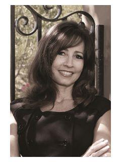 Debra Kovacs of CENTURY 21 Award