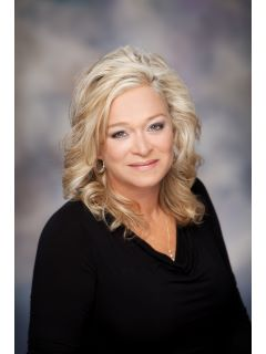 Sheri Haertsch - Real Estate Agent