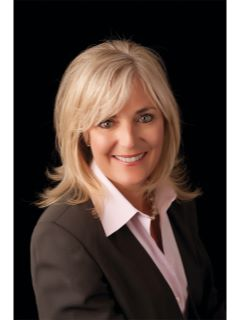 Elaine Hebert of CENTURY 21 Summit