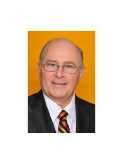 Chuck Edwards of CENTURY 21 Judge Fite Company