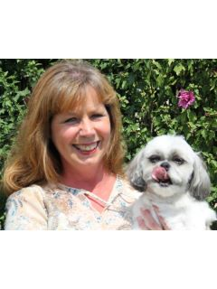 Lori Voigt of CENTURY 21 South County Real Estate