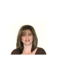 Laura Vazquez of CENTURY 21 Coventry Real Estate