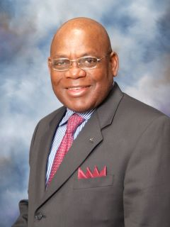 Henry Akumbe-Njiwah - Real Estate Agent
