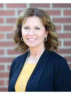 Patty MacAlister of CENTURY 21 Tri-Cities
