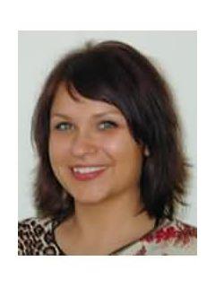 Carolyn Hunter of CENTURY 21 Winklhofer