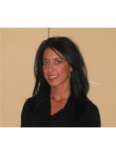 Mary Magnone - Real Estate Agent