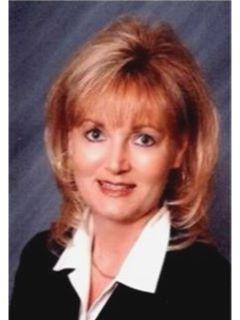 Julie Nunes - Real Estate Agent