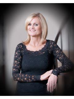 Diane Bennett - Real Estate Agent