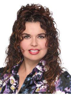 Lety Reyes - Real Estate Agent