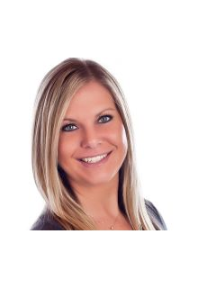 Katie Bertelsen of CENTURY 21 Randall Morris & Associates