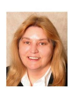Charlotte Irons of CENTURY 21 Lincoln National Realty