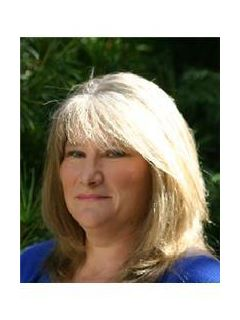 Susan  Lindquist of CENTURY 21 Bay's Edge Realty, Inc.