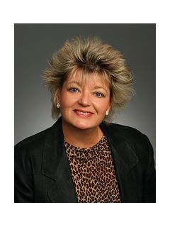 Debbie Sundell of CENTURY 21 Real Estate Champions