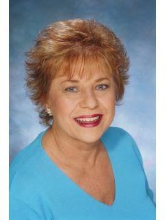Jacqueline Bohn - Real Estate Agent