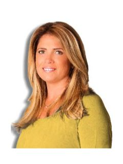 Stacy McFadden of CENTURY 21 Crown Homes