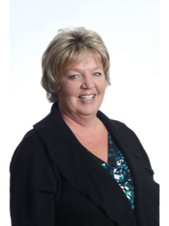 Lisa Wiley - CENTURY 21 Dynamic Realty - 6900 North Wayne Road  - Westland, MI 48185