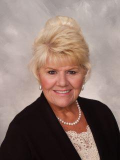 Lynn Dee Bohlander of CENTURY 21 Home Realtors
