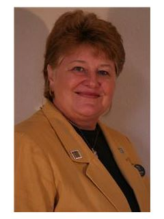 Trudy Bunge of CENTURY 21 Twin Lakes Realty