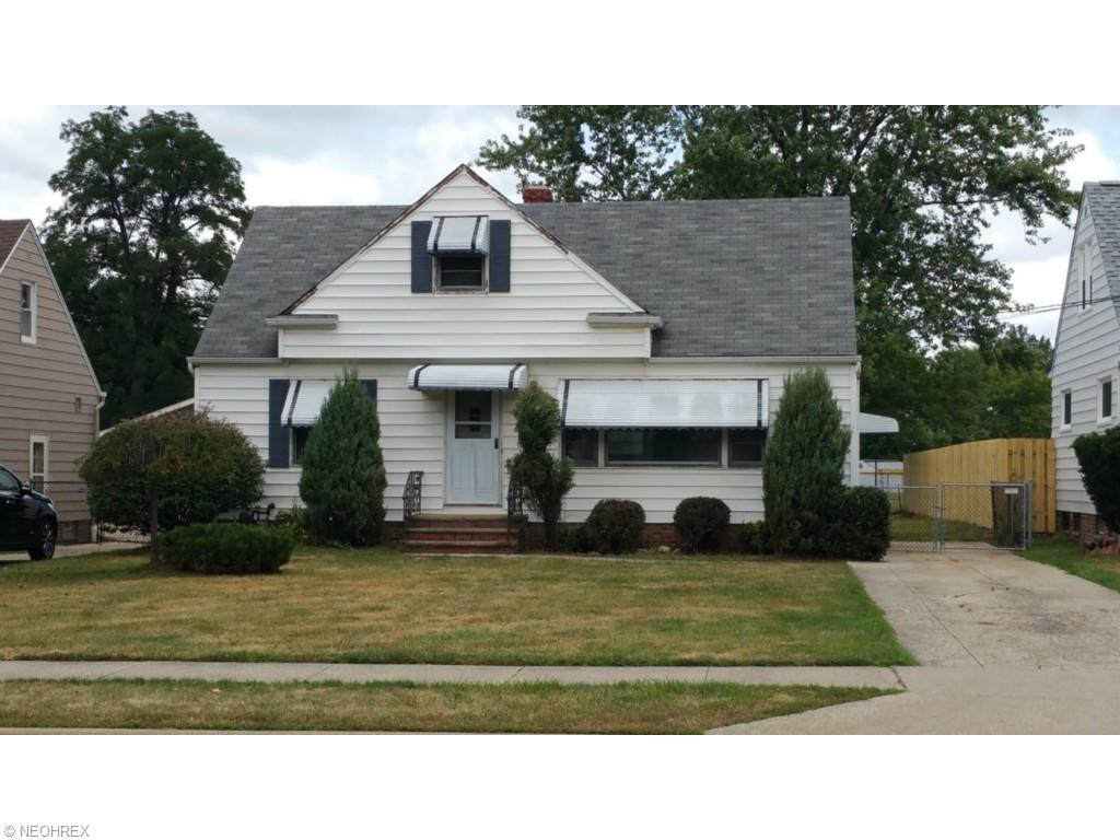 611 E 305th St, Willowick, OH 44095